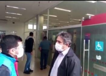Marcelino Nunes de Oliveira passou em várias agências e no Banco Bradesco a aglomeração de pessoas em frente é de arrepiar