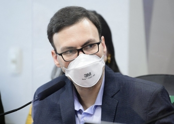 Ex-médico da Prevent Senior, Walter Correa de Souza